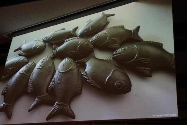 魚の形に成型した鉄